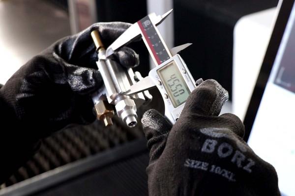 تست و کنترل تمامی قطعات محصولات - فروشگاه کباب پز آتش مهر