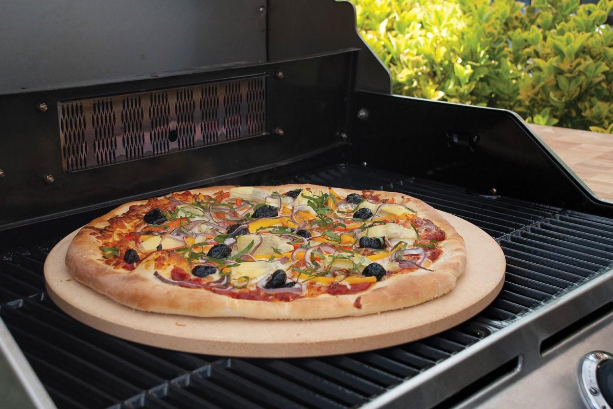 پیتزا کبابی به سبک مدیترانه ایی