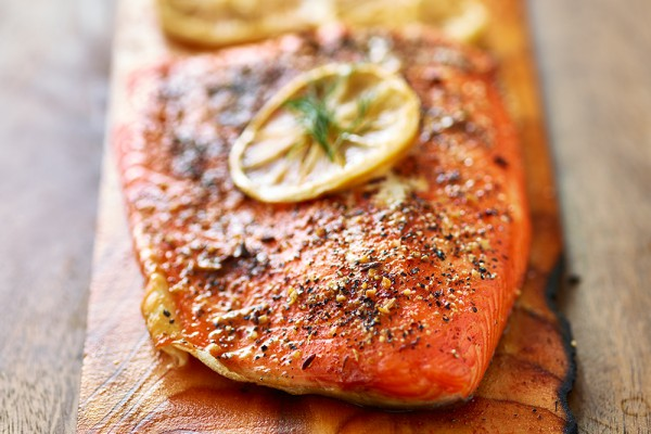 ماهی سالمون کبابی-فروشگاه باربیکیو آتش مهر